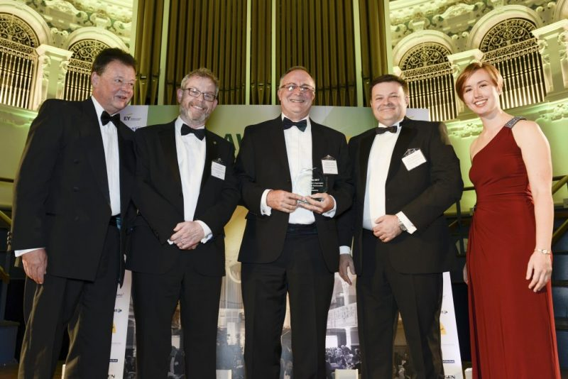 Sygnature Discovery collecting Best Contract Research Organisation Award at OBN Awards 2017