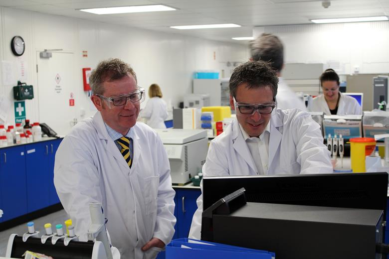 Paul Clewlow with CEO Simon Hirst in the lab at Sygnature